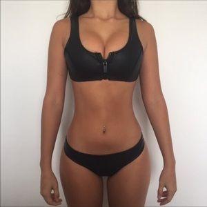 Hoaka Swimwear bikini black